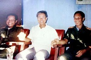 Đại tá Hoàng Thúc Cẩn và kỷ niệm về chiếc đồng hồ Hoàng thân Souphanouvong trao tặng