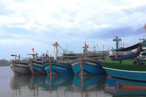 TT-Huế: Cấm tàu thuyền ra biển, khu vực đồng bằng cảnh báo lũ lớn