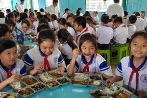 Cải thiện dinh dưỡng cho trẻ qua bữa ăn học đường hợp lý