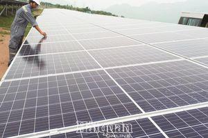 Hóng giá điện mặt trời, nhà đầu tư 'mất ăn mất ngủ'