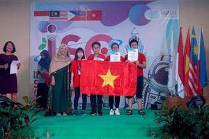 Chuyện nhân tài nhìn từ các cuộc thi quốc tế