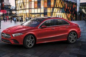 Loạt xe Mercedes-Benz bị triệu hồi vì lỗi 'rụng' mất túi khí