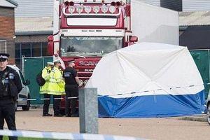 Cảnh sát Anh truy tìm 2 nghi can liên quan đến vụ 39 nạn nhân thiệt mạng