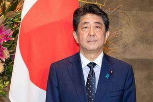 Hàng loạt Bộ trưởng dính bê bối, Thủ tướng Nhật Bản phải xin lỗi