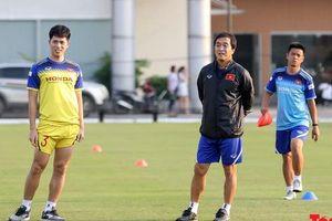 Bác sĩ Choi Ju-young báo cúp đúp tin mừng Đình Trọng, Phan Văn Đức trước thềm SEA Games 30