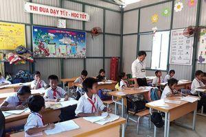 Hàng chục ngàn giáo viên được bồi dưỡng đón chương trình mới