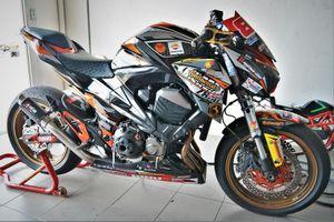 Nakedbike Kawasaki Z800 độ thành phiên bản xe đua chuyên nghiệp