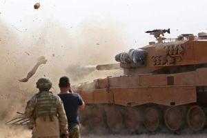 Chiến sự Syria bất ngờ bùng nổ: Lực lượng Thổ Nhĩ Kỳ đụng độ quân đội chính phủ Syria