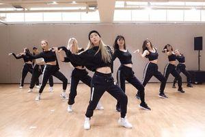 Taeyeon tung bản dance practice của 'Spark': Bạn cần cập nhật ngay vũ đạo gây nghiện mới nhất từ Kid Leader!