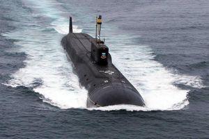 Xem tàu ngầm hạt nhân chiến lược Sa hoàng Vladimir phóng tên lửa Bulava tại Biển Trắng