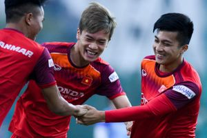 Martin Lo trở lại U22 Việt Nam sau trận play-off V.League