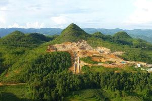 Hà Giang báo cáo về Dự án Khu du lịch tâm linh Lũng Cú và thang máy ngắm cảnh