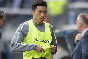 HLV trưởng của Heerenveen tiết lộ thời điểm Văn Hậu sẽ được thi đấu