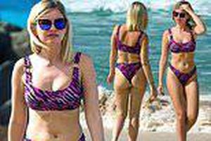 Nữ diễn viên sex thật trong show hẹn hò khoe dáng nóng bỏng với bikini