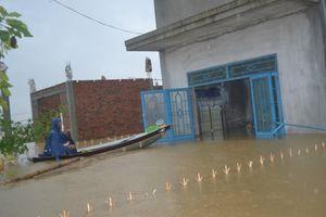 Học sinh nhiều tỉnh miền trung phải nghỉ học do bão số 5