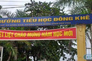 Phụ huynh trường tiểu học Đông Khê ngậm ngùi nộp 1 triệu đồng ủng hộ