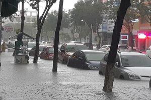 Miền Trung chuẩn bị đón một đợt mưa lớn, nguy cơ lặp lại trận lũ lịch sử 1999