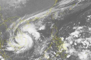 Tin mới nhất bão số 5: Suy yếu thành áp thấp nhiệt đới, miền Trung mưa lớn