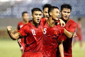 HLV Dương Hồng Sơn tiến cử 3 cầu thủ cho HLV Park Hang Seo
