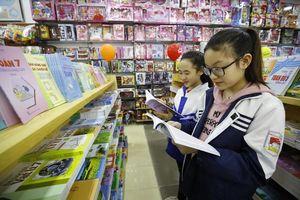 Bộ GD&ĐT lùi thời gian công bố sách giáo khoa lớp 1 mới