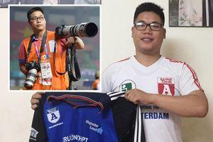 Cầu thủ đá giải học sinh rồi trở thành phóng viên thể thao