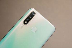 Smartphone 3 camera sau, RAM 6 GB, pin 5.000 mAh, giá 4,99 triệu tại Việt Nam