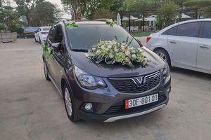 Dân mạng thích thú với chiếc VinFast Fadil được trang trí làm xe đón dâu