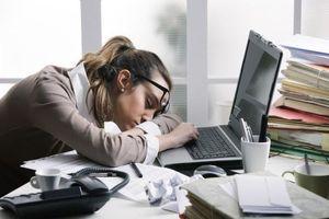 5 nguyên nhân chính khiến các nàng công sở rơi vào tình trạng mệt mỏi