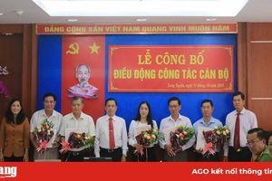 Phiên họp không giấy đầu tiên ở Long Xuyên