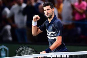 Djokovic trả nợ theo cách ít ai ngờ, Nadal vượt khó vào bán kết