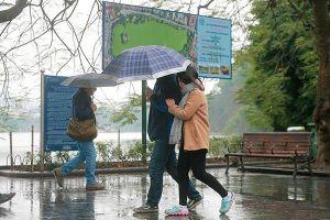 Dự báo thời tiết 2/11, Hà Nội mưa rét ảm đạm
