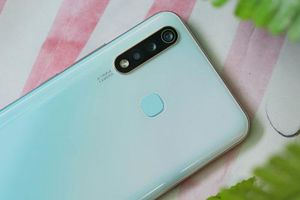Cận cảnh smartphone tầm trung 'ngon, bổ, rẻ' bậc nhất tại Việt Nam