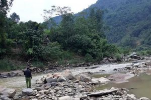 Băng qua suối, người đàn ông bị nước cuốn trôi ở Yên Bái