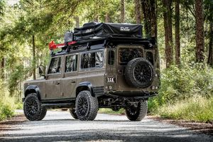 Land Rover Defender D110 Project Invictus 'cực độc' từ ECD