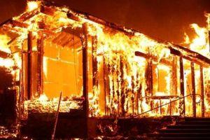 Biển lửa nhấn chìm bang California Mỹ