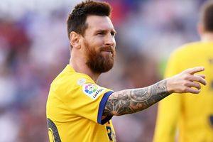 Messi lập thành tích mới trong ngày buồn của Barca