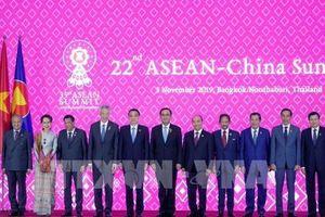 Thủ tướng Nguyễn Xuân Phúc dự Hội nghị Cấp cao ASEAN – Trung Quốc lần thứ 22