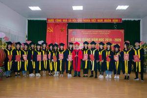 Trường Cao đẳng Y Dược ASEAN tổ chức lễ khai giảng và trao bằng tốt nghiệp