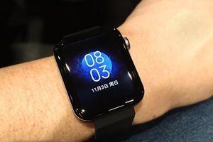 Mi Watch nằm trên tay sếp lớn Xiaomi trước ngày ra mắt