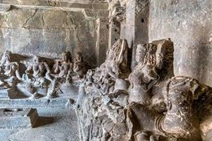 Kailasa: Ngôi đền cổ được chạm khắc từ một khối đá khổng lồ