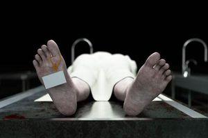 Người phụ nữ sống chung xác chết và sự thực đẫm nước mắt