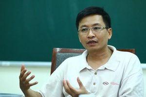 GS.TS Phùng Hồ Hải nhắc lại 'lời kêu cứu khẩn thiết' về việc bỏ thi trắc nghiệm