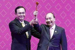 Hội nghị Cấp cao ASEAN 35: Việt Nam tiếp nhận vai trò Chủ tịch ASEAN