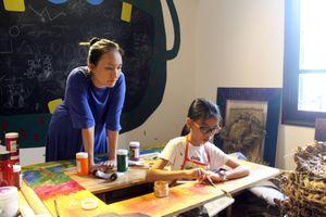 Hai cô trò kết hợp trong triển lãm nghệ thuật Thai Nguyen
