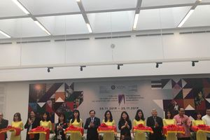 Say đắm cùng tác phẩm mỹ thuật của các nghệ sĩ tiêu biểu châu Á