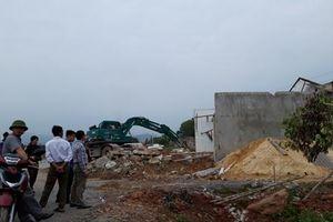 Cưỡng chế 12 hộ dân xã Tân Trường để thực hiện dự án