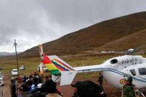 Máy bay của Tổng thống Bolivia phải hạ cánh khẩn cấp