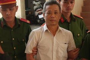 Hoãn xét xử cựu Bí thư Bến Cát vì 'cần dịch hồ sơ tiếng Anh sang tiếng Việt Nam'