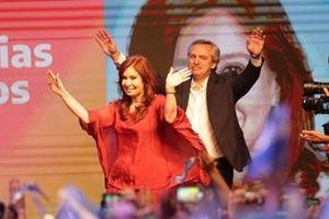 Sự trở lại ngoạn mục của bà Cristina Kirchner