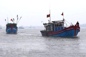 Chưa liên lạc được với 9 tàu cá ở khu vực Tây Trường Sa